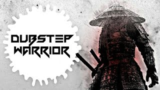 Flosstradamus (Ft.GTA & Lil Jon) Vs. The Frim - Prison Riot Vs. Swipe My Swords [Madstraber Mashup]