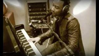 "B Side su Bonsai TV || John Legend ""Save Room"""