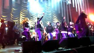 James@pavilhão Rosa Mota Laid (live)