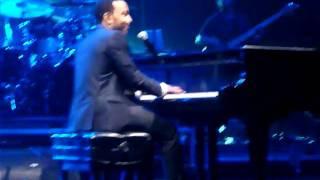 John Legend - P.D.A. (Live in Melbourne)