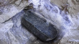 Huge Granite Sarcophagus Unearthed in Egypt