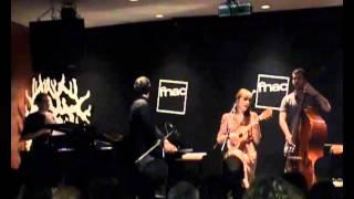 Luisa Sobral - Sr. Vinho (Live at Fnac Colombo)