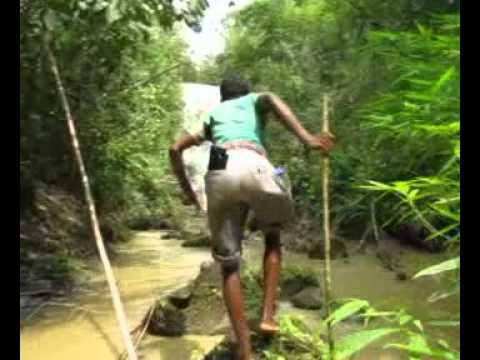 Hum Hum Waterfall (Bangladesh).mp4