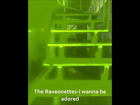 I Wanna Be Adored En Espanol de The Raveonettes Letra y Video