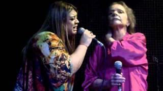 ANGELA RO RO E PRETA GIL - DEMAIS - ESPAÇO ACÚSTICA.avi - 09/11/2010
