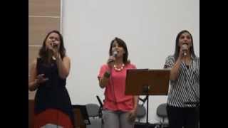 """Cristo"" (Bill Gaither/Jader Santos) - Trio Feminino"