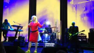 Blondie performing Maria, Live at Roundhouse 03/05/17