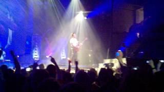 Avenged Sevenfold - So Far Away Full Live Guitar Solo -