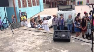 Festa Junina Estadão 2015 - Cover: Beatriz - Velha Infância