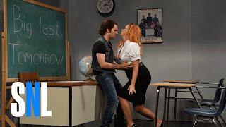 Porn Teacher - SNL width=