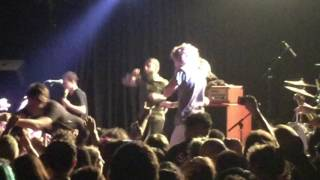 This Wild Life Singer Comes On Stage During Beartooth At The Roxy