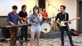 Maroon 5 - Sugar / Cover with Chamook