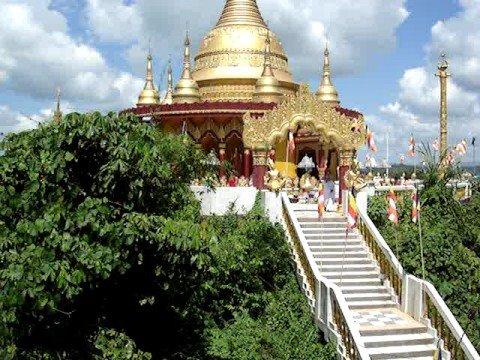 The Buddha Dhatu Zadi (Golden Temple) 02