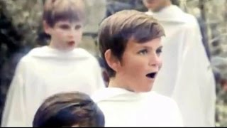Carol Of The Bells - Libera -  Lyrics