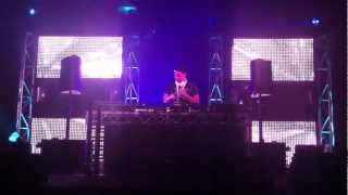 Exis @ Creamfields - Bjorn Akesson - Hello Space