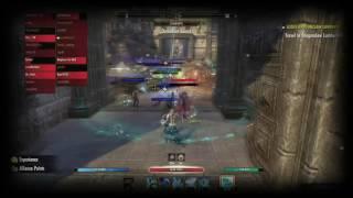 ESO Zerg clashing in Kyne