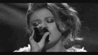 Kelly Clarkson - Beautiful Disaster (video)