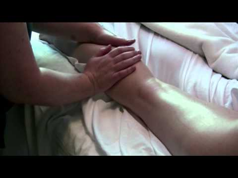 Leg Massage - Hamstrings and Calve Muscle | Massage Therapy ...