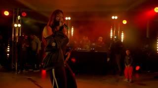 Aya Nakamura chante Comportement au concert de Ouf à Nanterre