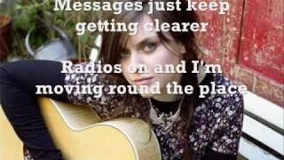 Amy Macdonald - Dancing in the Dark (with lyrics)