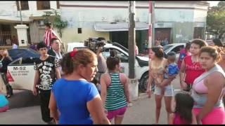 Tratan de agredir a periodista en Pelopincho 1/08/2016
