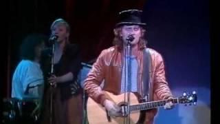 Eldkvarn - Största skvallret i stan (Live Cirkus Broadway 1988)