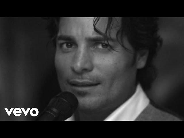 """Videoclip oficial de """"Me enamoré de ti"""" de Chayanne"""