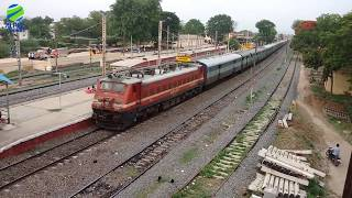 Top 11 Facts About Indian Railways [हिन्दी में ]