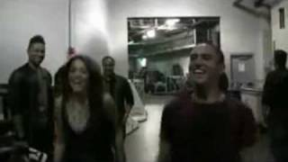 Miley Cyrus dancing Bad Romance in the backstage @ 12-8-09.avi
