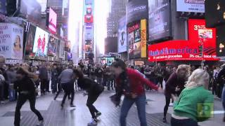 """""""West Side Story"""" Flash Mob Invades Streets of NYC"""