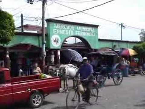 Masaya volcano & mercado Ernesto Fernandez (Nicaragua)