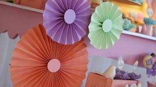 Como fazer rosetas de papel para decorar