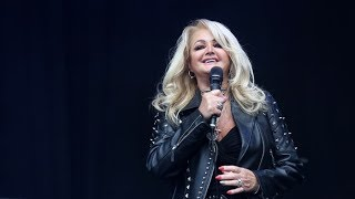 "Bonnie Tyler canto ""Total Eclipse of the Heart durante el eclipse"