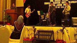 Sejati by Rifhan Hariz and his band at Annual Lunch 2012