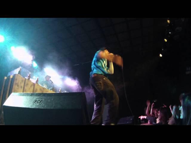 Vídeo en directo en la sala Stage Live de Bilbao.