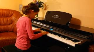 Mâine vine Moș Crăciun - Ioana Ciocălău, pian