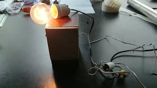 DIY Flickering Light Bulb With Spark Sound Effect - Simple Circuit