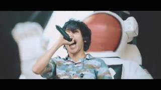 Crown The Empire - Zero (Warped Tour Video)