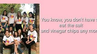 Birds Of A Feather - Annie LeBlanc, Hayden Summerall, Brooke Butler (lyrics)
