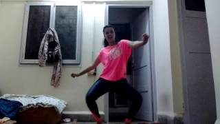 Fitness dance video on  Chantaje||shakira ft. Maluma