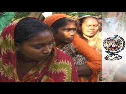 How Micro-Credit Is Revolutionizing Bangladesh