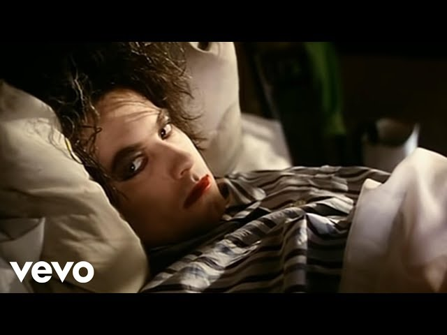 "Vídeo oficial de ""Lullaby"" de The Cure"