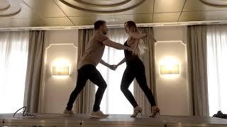 Alfonso y Mónica | Salsa romántica | Si tu me besas - Victor Manuelle | Congreso Norte Latino