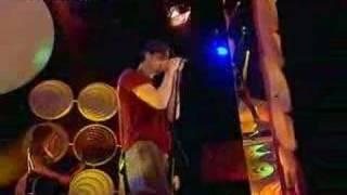 Enrique Iglesias feat. Kelis - Not in Love (Live @ TOTP)