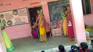 Z.p.kondha,. tq.Ardhapur.savitribai fule role play.
