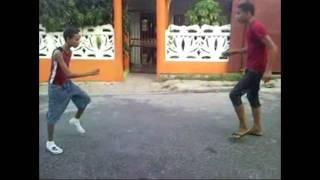 los birlin ent en coreografia 2012 (rompiendo aa sierta persona)