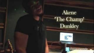 Akon workout @ Platinum Sound baby! -  WondaSode #7