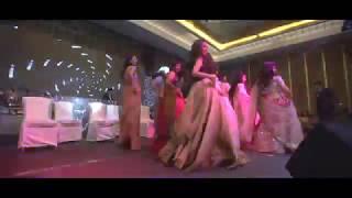 bom diggy | sister dance at wedding