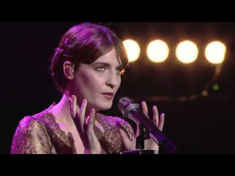 florence-the-machine-never-let-me-go-live-at-the-royal-albert-hall-hd-fatm-france