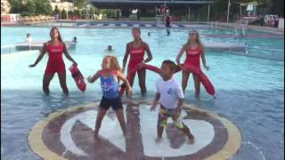 Wiggle Dance Beberly & Bradley with Lifeguards